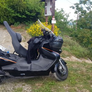 Monte delle Formiche: is the Burgman a Camper?